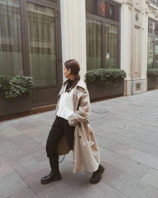 𝙏𝙧𝙚𝙣𝙙 𝙖𝙡𝙚𝙧𝙩: 𝙥𝙖𝙣𝙩𝙖𝙡𝙤𝙣𝙞 𝙙𝙚𝙣𝙩𝙧𝙤 𝙜𝙡𝙞 𝙨𝙩𝙞𝙫𝙖𝙡𝙞 Mi piacciono molto i look con pantaloni dentro gli stivali. Ho provato a crearne uno anche io con pantaloni neri morbidi, cardigan e l'amato trench. Vi piace questo look? 😊 -Borsa, pantalone e trench @zara -cardigan @hm -stivali @bershka #outfitoftheday#outfitpost#ootdshare#ootd#streetwear#milanstreetstyle#igmilano#italianblogger#lookoftheday#lookdelgiorno#zarawoman#zaraoutfit#bershkastyle#shopingonline#outfitideas